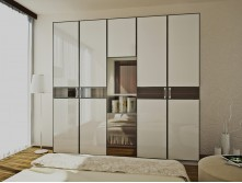 Customized sliding door wardrobe design