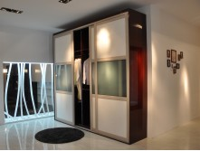 Environmental friendly wooden sliding door wardrobe