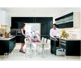 High gloss black kitchen cabinets modern design