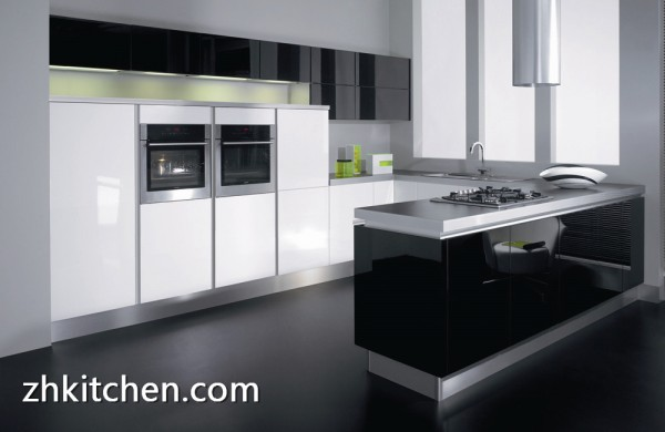 Small kitchen cabinet with high gloss black and white color for High gloss black kitchen cabinets