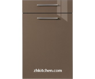 Highlight lacquer kitchen cabinet doors