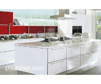 Glossy Kitchen Cabinet Design