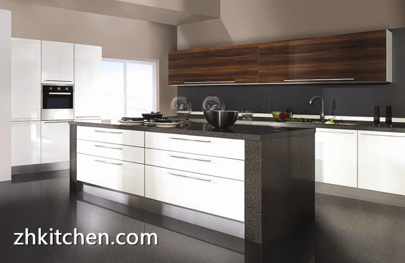 How To Manage And Design Custom Kitchen Furniture?